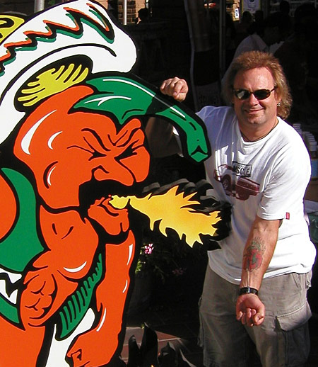 Michael Anthony with his Ring of Fire tattoo