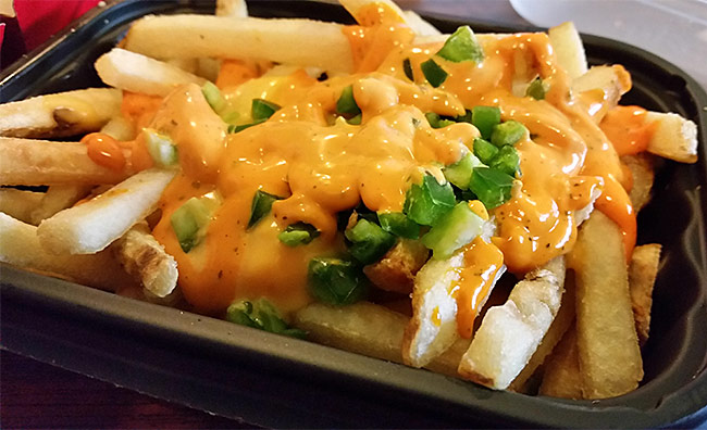 wendys-ghost-pepper-fries-cheese-spicy-jalapenos-review