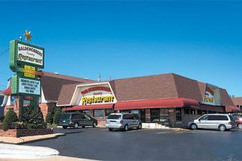 baldknobbers-restaurant-buffet-branson